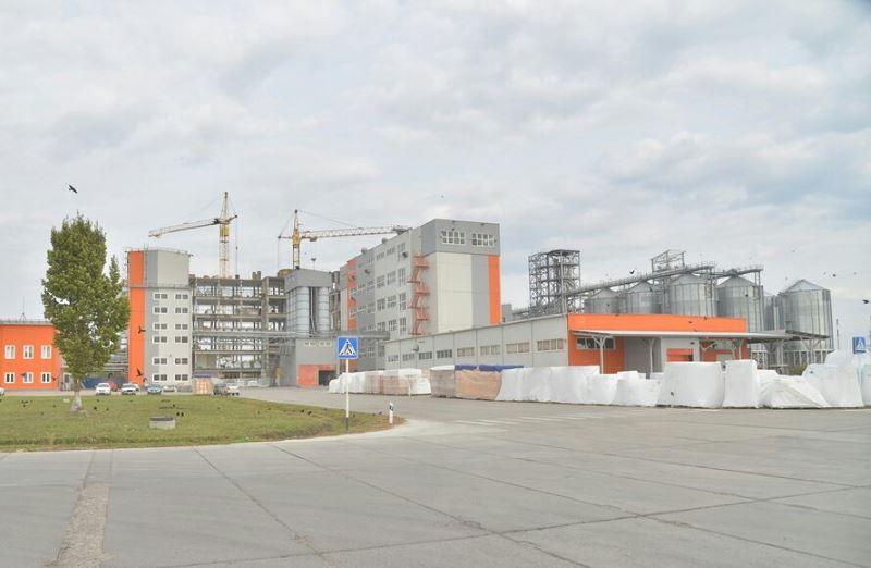 Элеватор балашов саратовская область транспортер поднимает за 1 час гравий объемом 240 м3 на высоту 6 м определите мощность